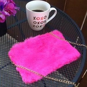 Handbags - Faux fur fuchsia crossbody